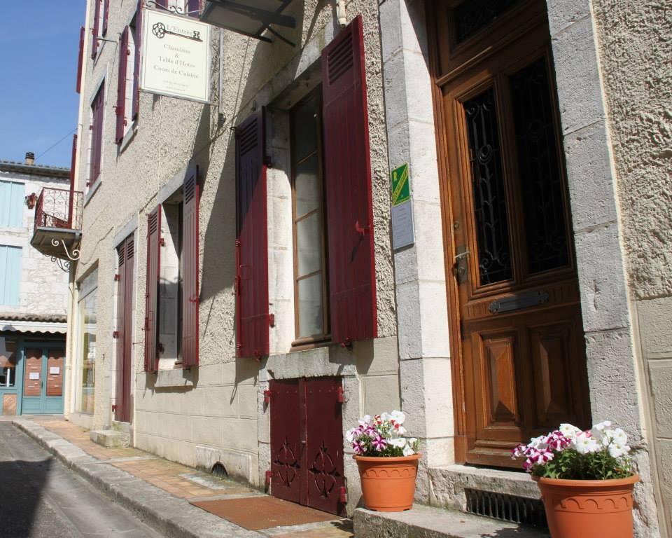 L'Entree Chambres d'Hotes Castillonnes40.jpg