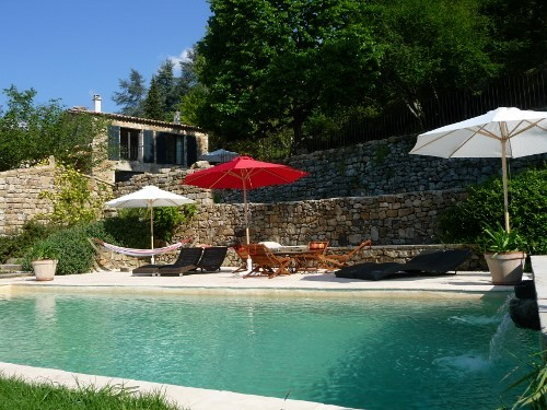 piscine et maison (500x375).jpg