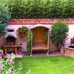Le jardin du clos des raisins chambres hotes de charme en alsace.jpg