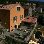 Terrasse et bassin 2 - Agrandie.jpg