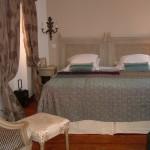 suite eze bedroom.jpg